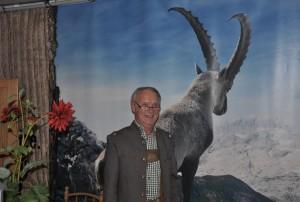 Hans Lederer bei der Begrüßung der Teilnehmenden
