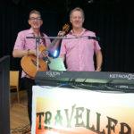 Das Duo Travellers spielte zum Tanz auf