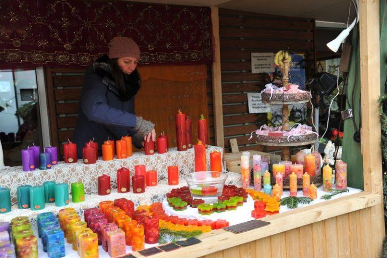 Seniorenbund Höchst am Weihnachtsmarkt in Bad Hindelang - Image 5