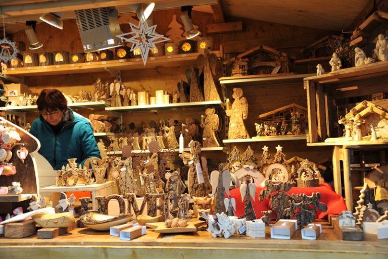 Seniorenbund Höchst am Weihnachtsmarkt in Bad Hindelang - Image 6