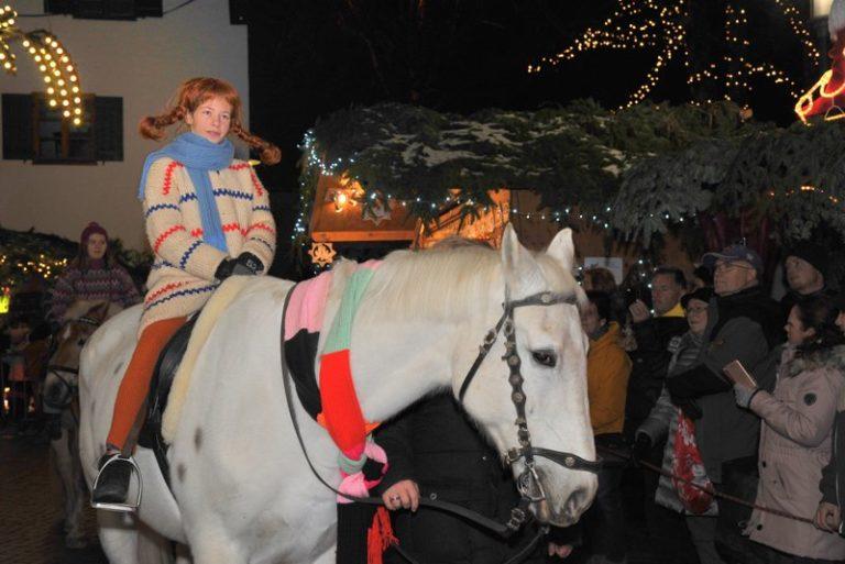 Seniorenbund Höchst am Weihnachtsmarkt in Bad Hindelang - Image 8