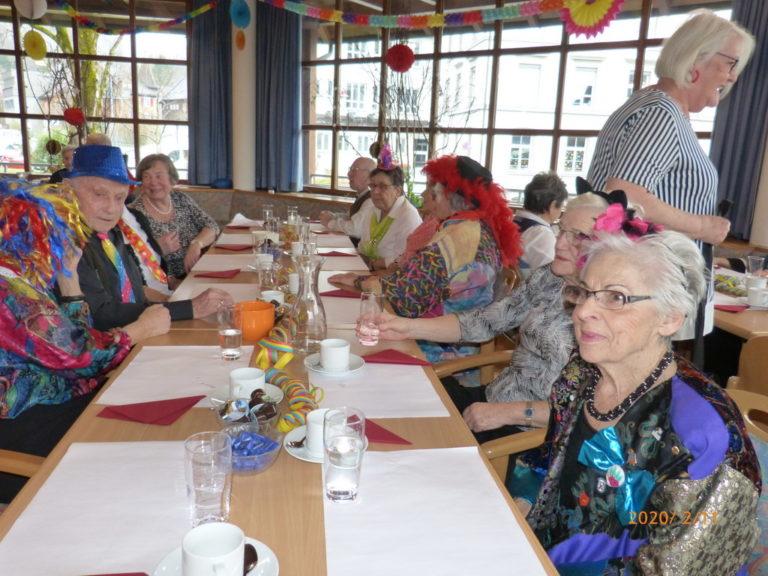 Fasnat-Seniorenhock mit zemma-Leaba - Image 9