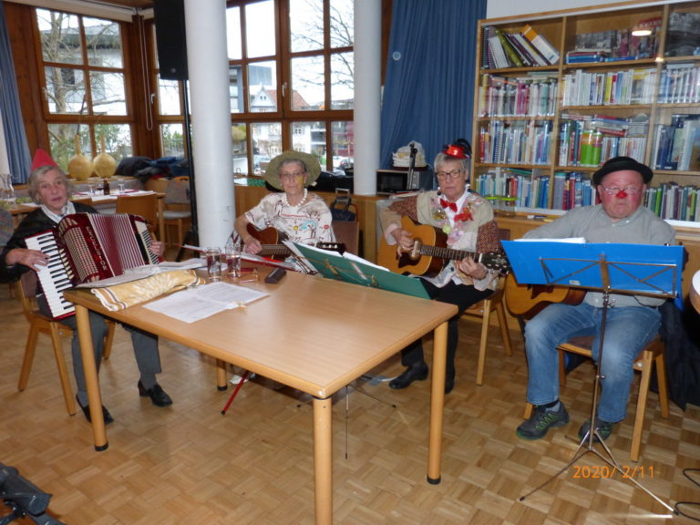 Fasnat-Seniorenhock mit zemma-Leaba - Image 17