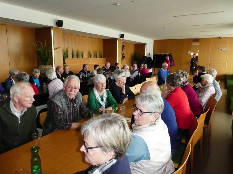 Pflege und Betreuung im Alter : Zu Hause oder im Heim? - Image 2