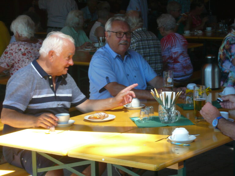 Grillnachmittag des Seniorenbundes Höchst - Image 3