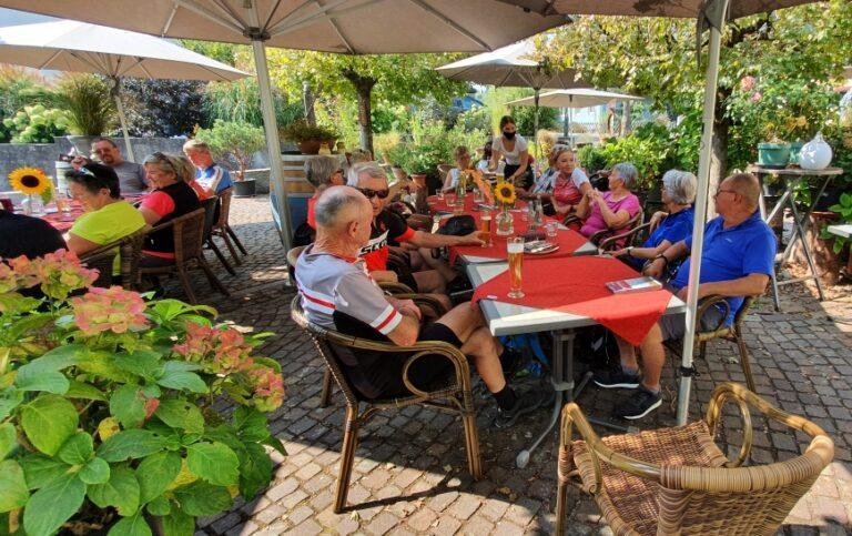 Seniorenbund Ortsgruppe Krumbach auf Radtour am Hochrhein - Image 1