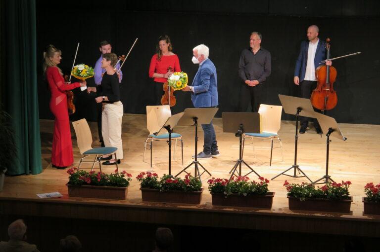 Musikkünstler begeisterten Senioren - Image 7