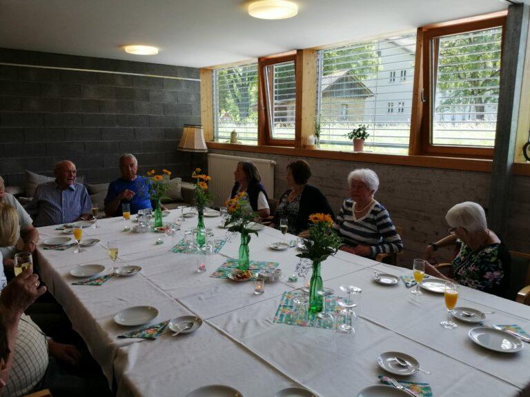 Geburtstagsfeier im Pfarrheim - Image 13